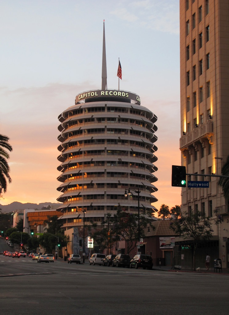 Capitol_Records_sunset